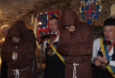 Les Moines de St Bernardin au Caveau